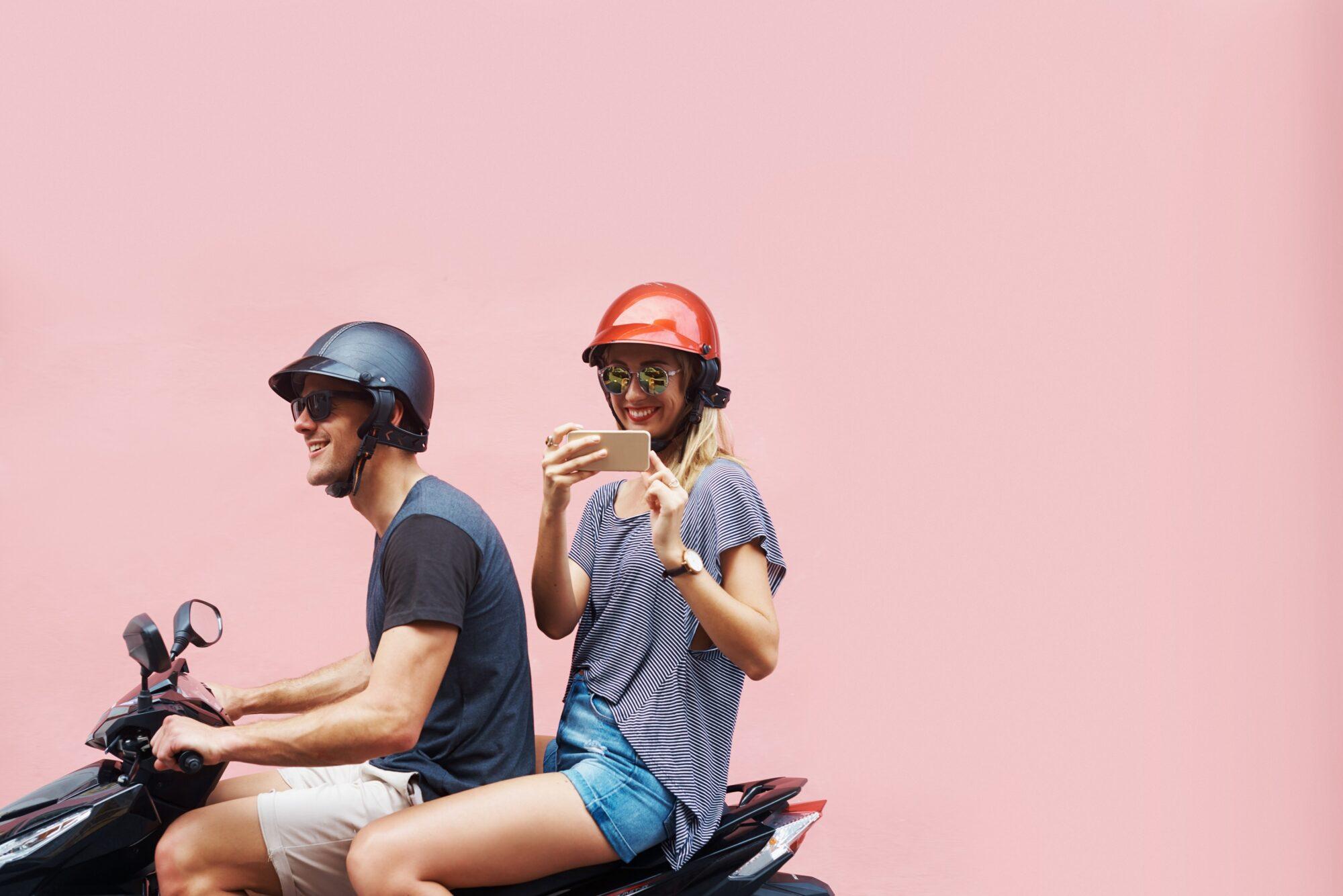 Vier op de vijf jonge scooterrijders rijden te hard