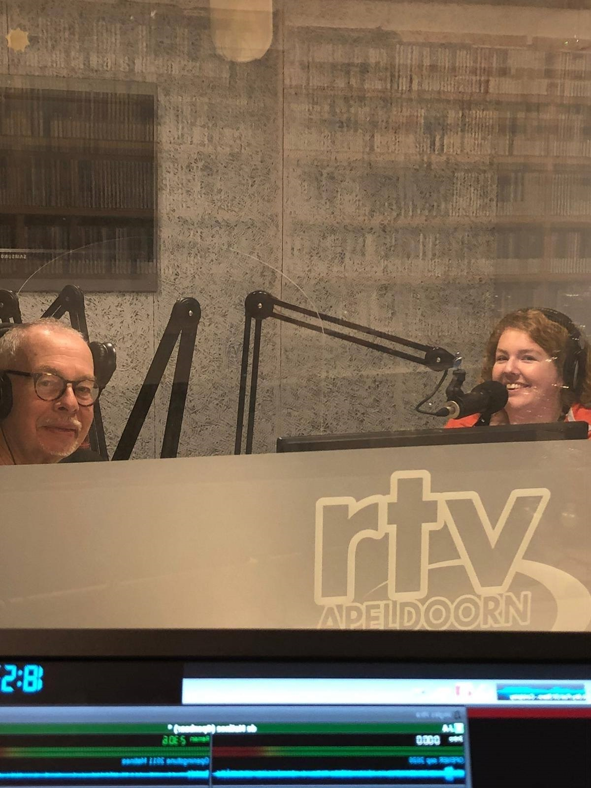 Uniek jubileum voor politiek radioprogramma van RTV Apeldoorn
