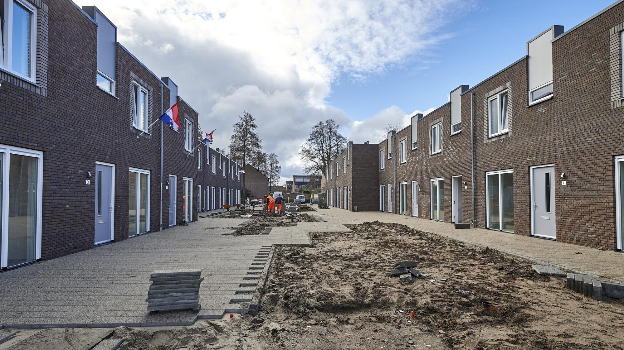 Eerste huurders ontvangen sleutel nieuwbouwproject Imkershof