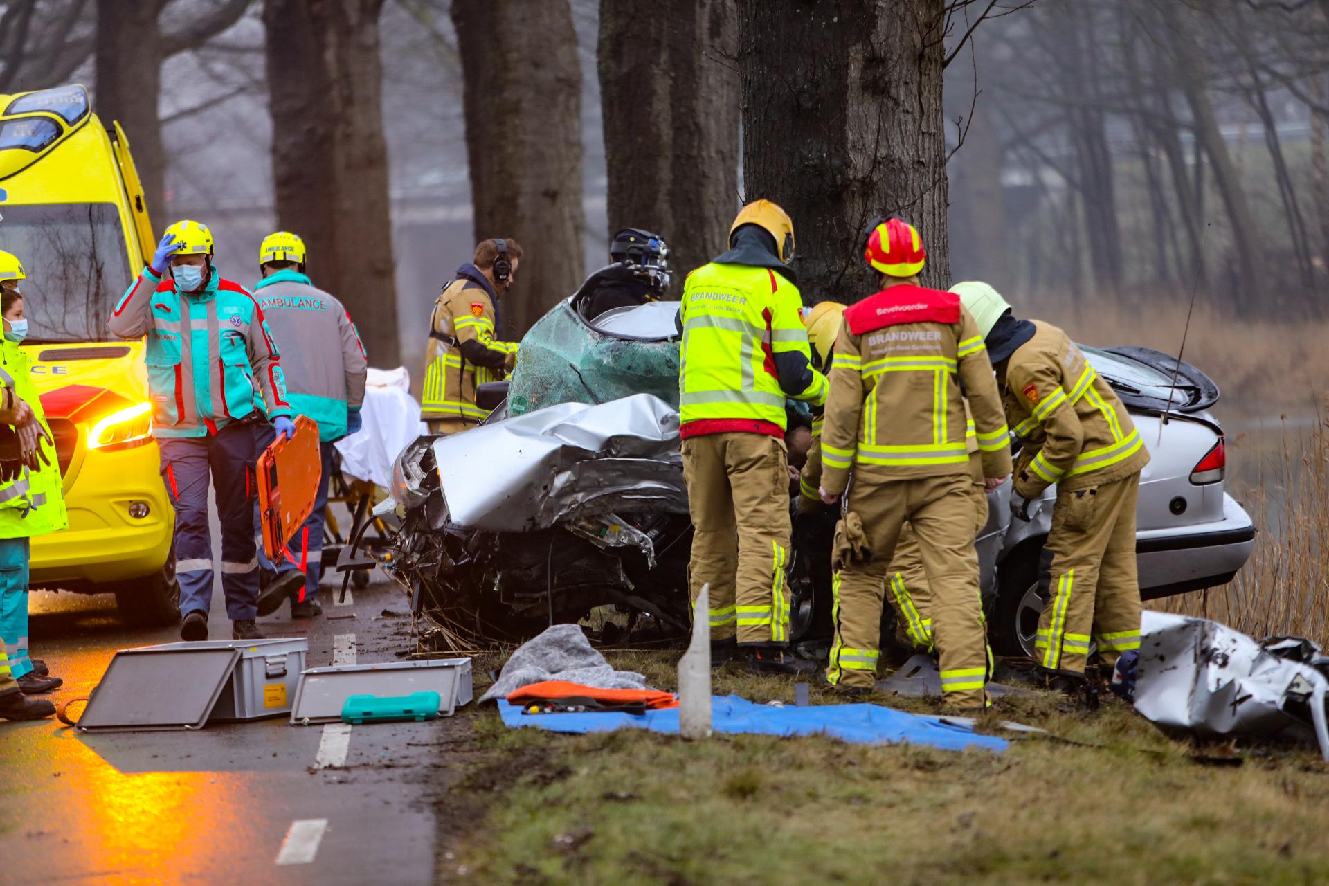 Automobilist komt om bij verkeersongeluk op Kanaal Zuid bij Apeldoorn.