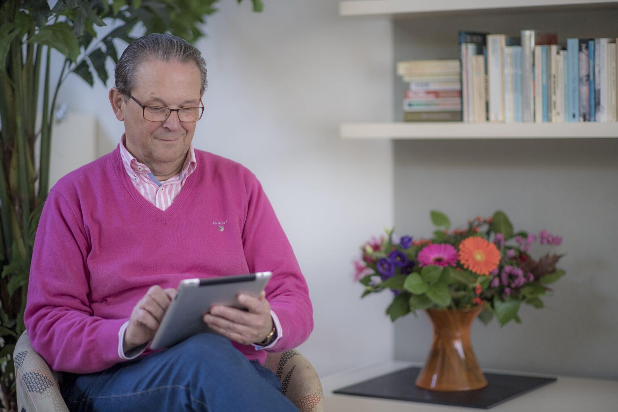 Helft senioren maakt zich zorgen over online privacy