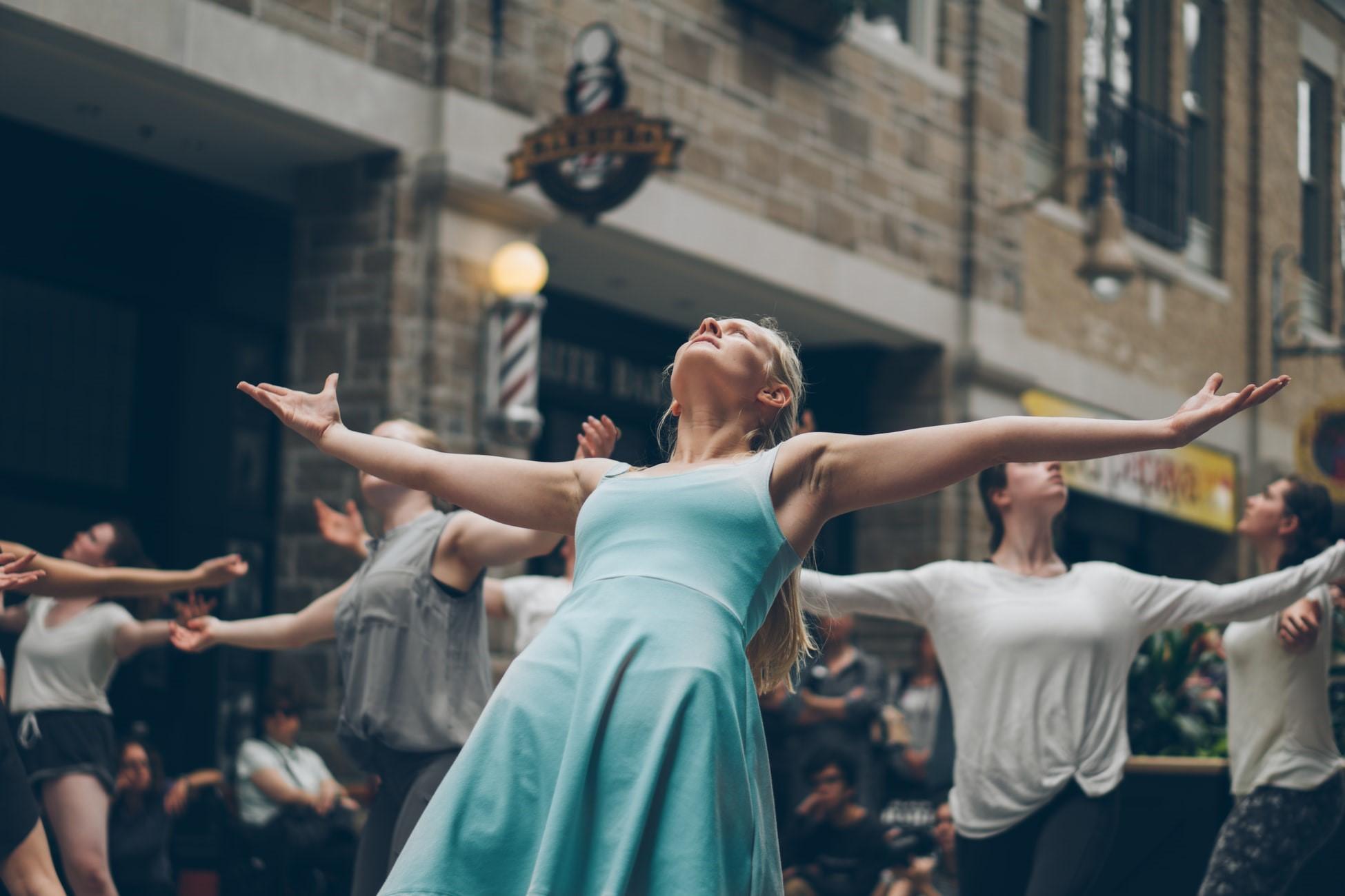 Alles wat je moet weten over Ecstactic Dance