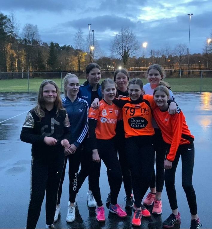 Handbalclub in Brummen zet in op versterking meidenteams