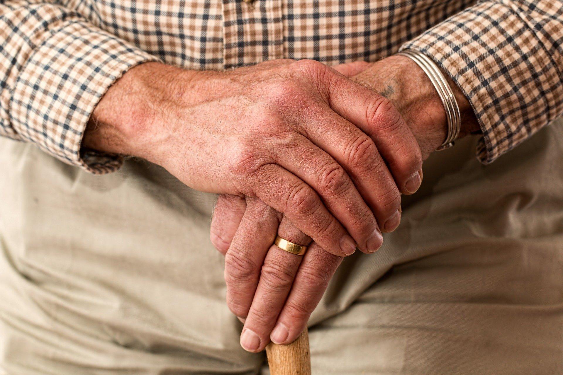Ouderenorganisatie ANBO: stel verpleeghuizen weer volledig open