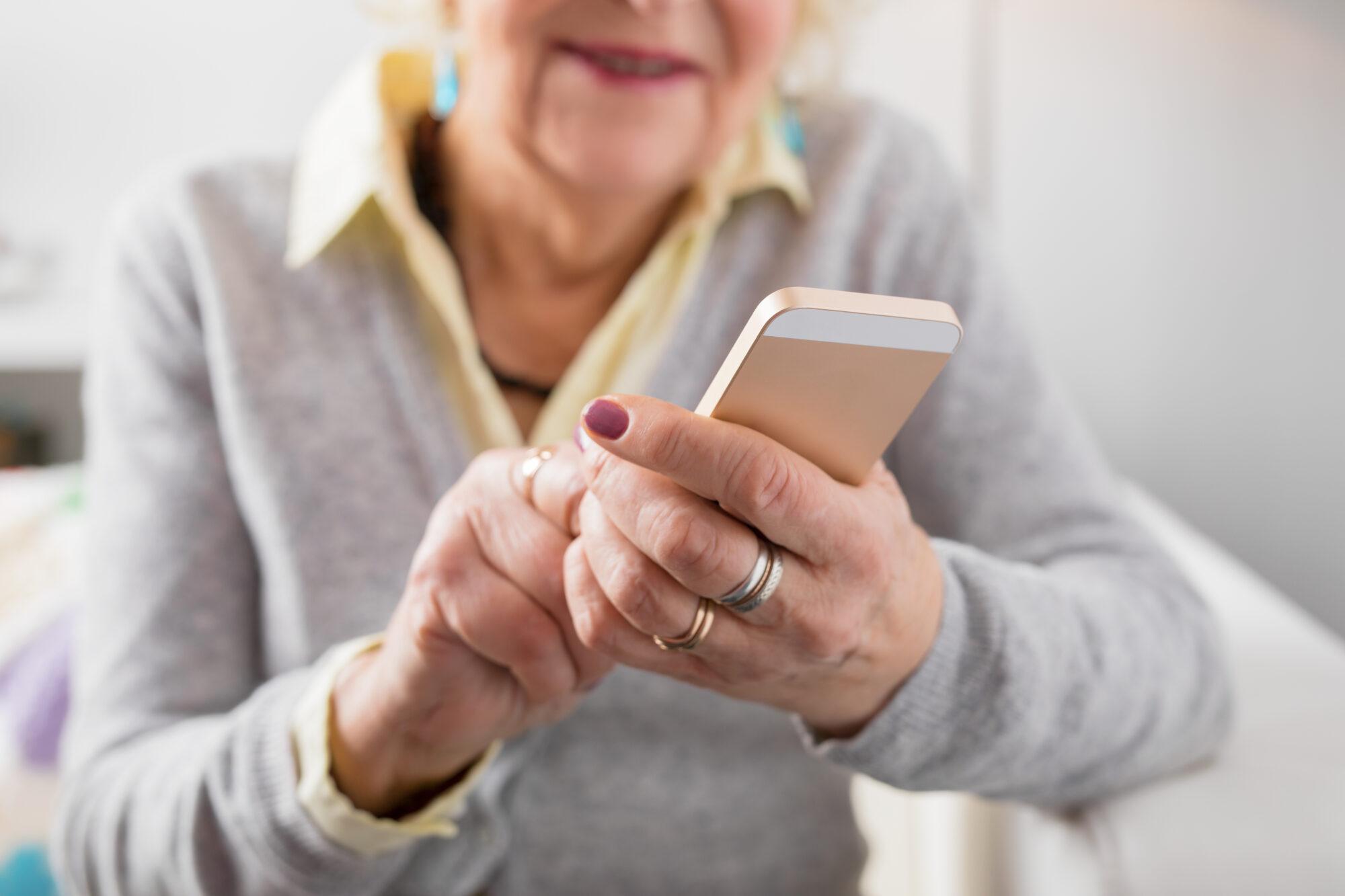 Aangifte Hulplijn voor slachtoffers van internetcriminaliteit of babbeltrucs