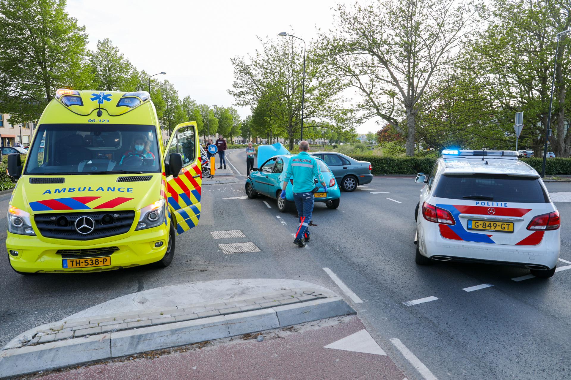 Veel schade bij ongeluk in Apeldoorn.