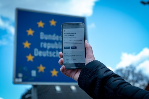 Gratis coronatest voor grensverkeer Duitsland
