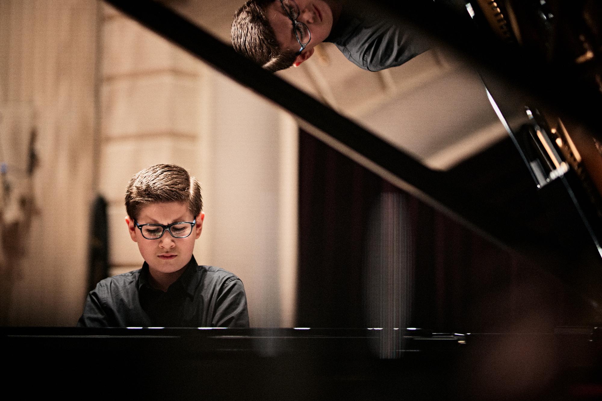 Pianist Adam Akopian (12): 'Het allermooiste vind ik dat ik in Het Concertgebouw mag spelen!'