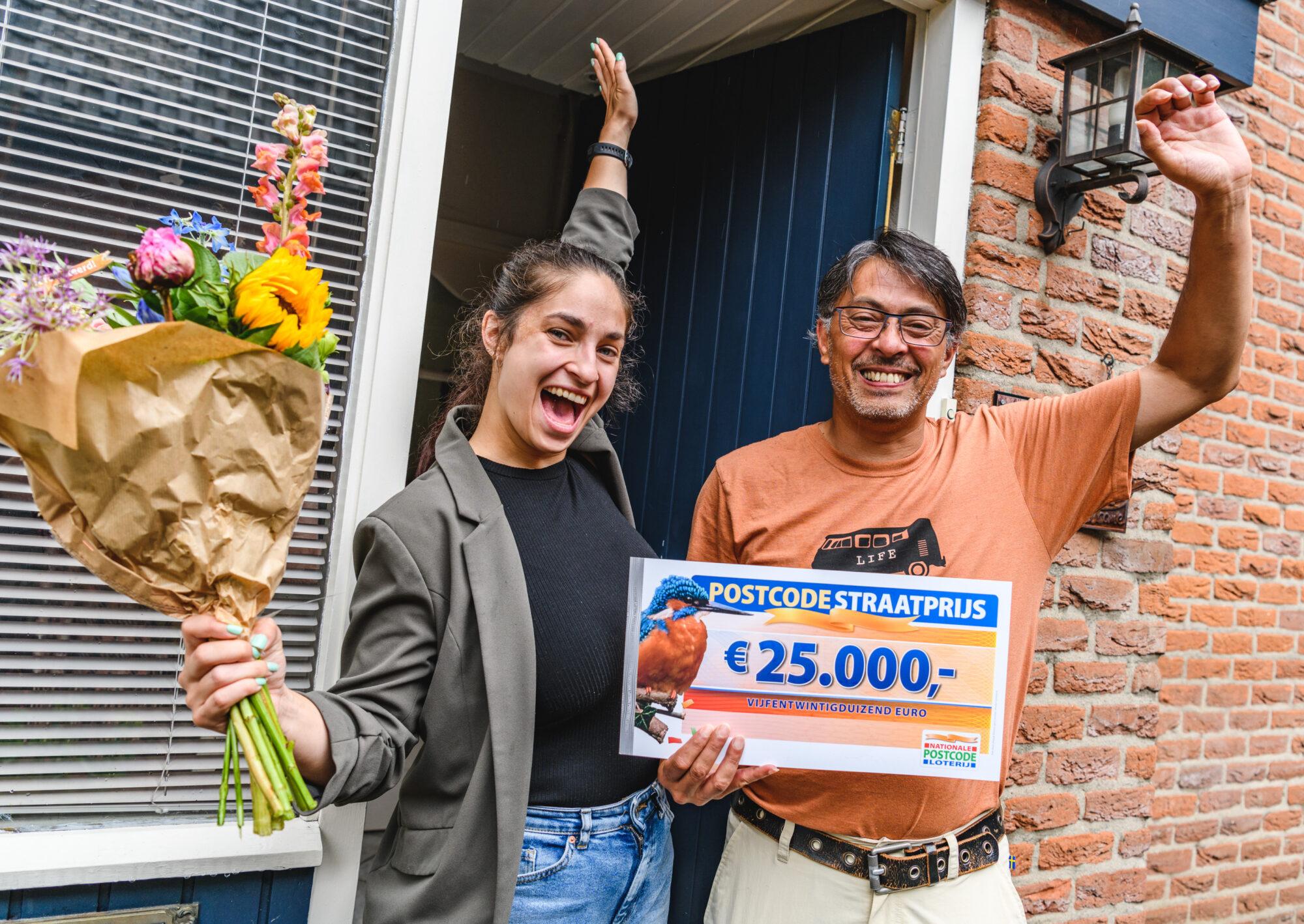 Inwoners Apeldoorn winnen samen 200.000 euro Postcode Loterij