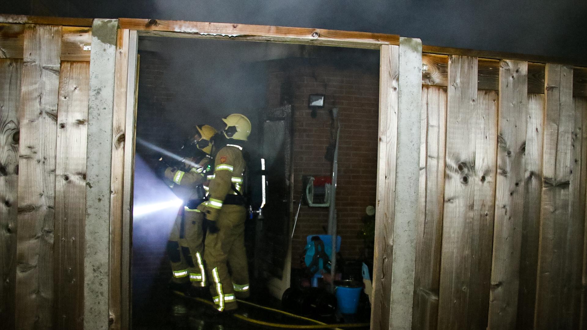Forse schuurbrand in Zutphen