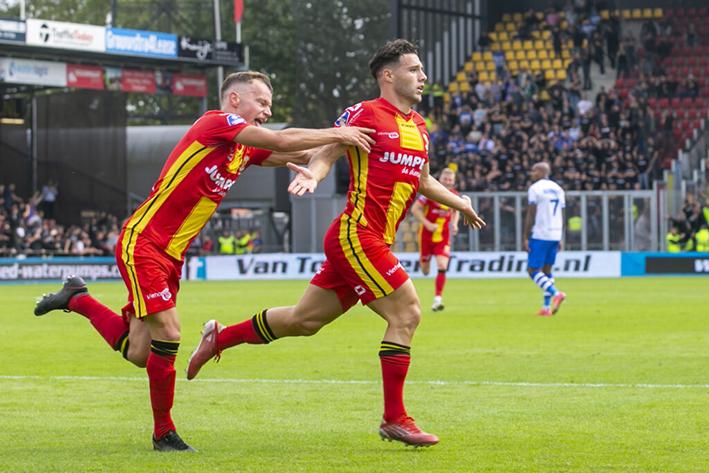 Go Ahead Eagles zegeviert in IJsselderby: 1-0