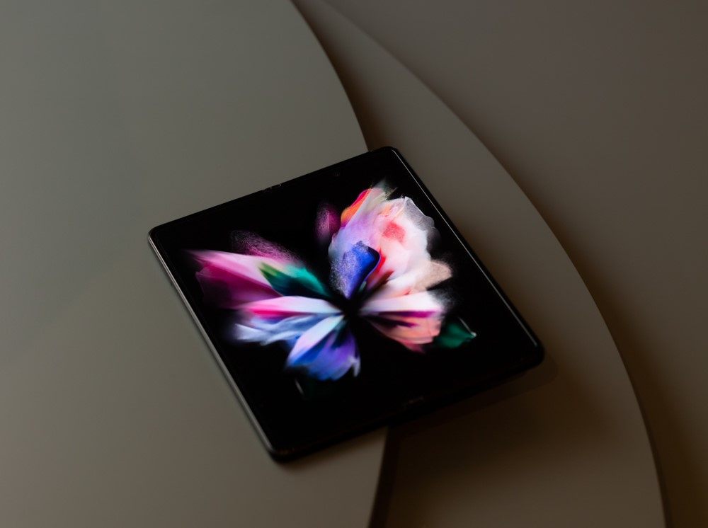 Op zoek naar een smartphone met een uitklapbaar scherm?