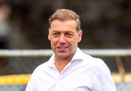 Technisch manager Paul Bosvelt maakt balans op richting seizoenstart in Eredivisie: 'Genieten van uitdaging selectie Go Ahead Eagles te versterken'