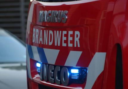 Grote brand in Laren; Brandweer rukt groots uit