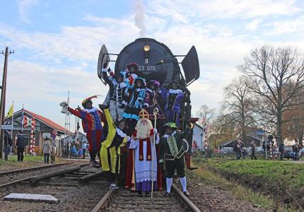 Met Sinterklaas in de stoomtrein