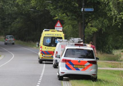 Vrouw gewond na aanrijding op de Elsbosweg in Klarenbeek