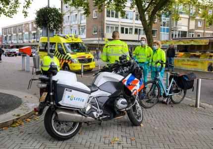 Fietsster komt hard ten val op Talingweg in Apeldoorn