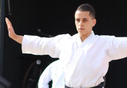 Karate-do Smaal traint door in de vakantie