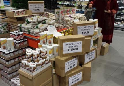 Voedselbank Zutphen mogelijknog voor Kerstmis op straat