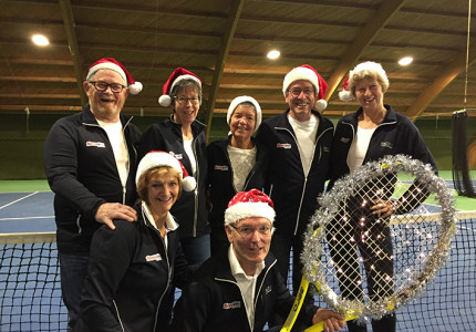 Tennissen in kerstsfeer