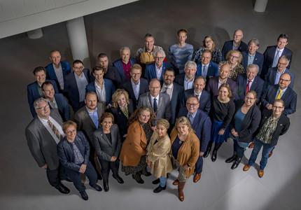 Raadsleden van gemeente Apeldoorn regeren op Algemene Beschouwingen: 'Het gaat financieel beter en dat is ontzettend fijn'