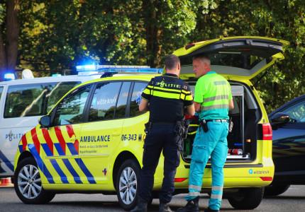 Motorrijder gewond na botsing met vrachtwagentje