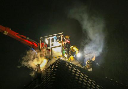 Veel rook bij schoorsteenbrand in Apeldoorn