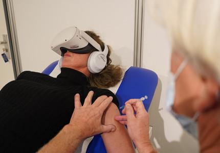 GGD zet VR-bril in tegen prikangst