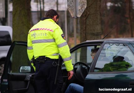 Deventerse politie houdt grote verkeerscontrole