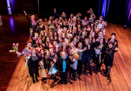 Feestelijke diplomering Verzorgende IG in de Hanzehof in Zutphen