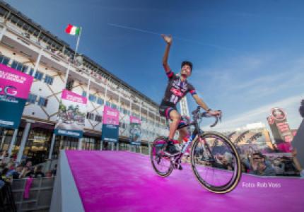 Giro: de ploegenpresentatie