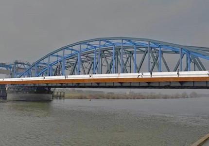 De IJsselbrug wordt blauw!