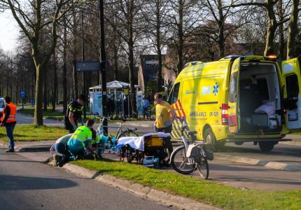 Kind gewond na aanrijding met auto