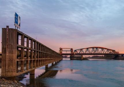Treinen rijden weer over IJsselbrug