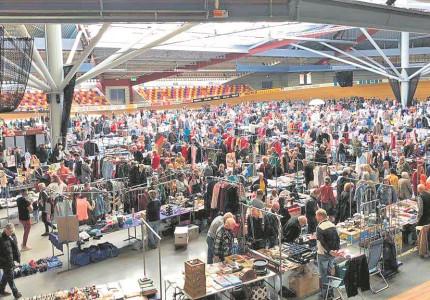 Speuren op Deventerse vlooienmarkt