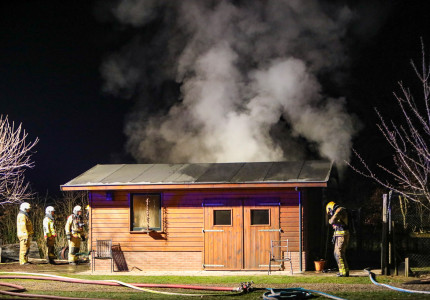 Brand in kippenschuur Eerbeek; 14 kippen komen om
