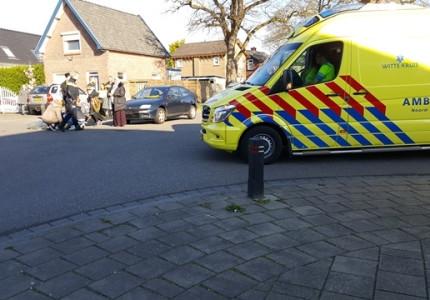 Meisje raakt gewond na aanrijding met auto
