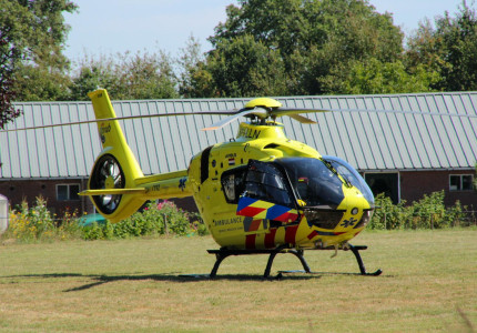 Slachtoffer raakt 'zeer ernstig gewond' bij auto-ongeval bij Lettele