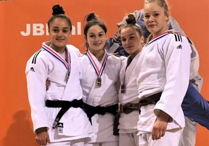 Apeldoornse judoka Elin nationaal kampioen junioren