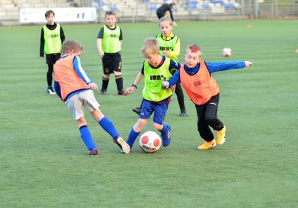Grote aanwas pupillen bij AGOVV: 'Wij willen de spelers verliefd laten worden op de bal'
