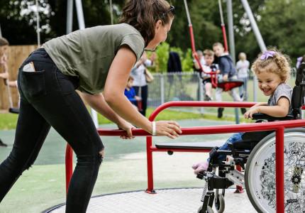 Speelplek in elke gemeente voor gehandicapte kinderen