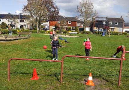Training H/F-jeugd groot succes bij handbalvereniging Brummen