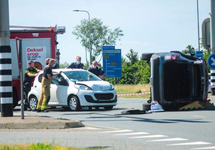 Drie gewonden bij aanrijding voor ziekenhuis in Zutphen