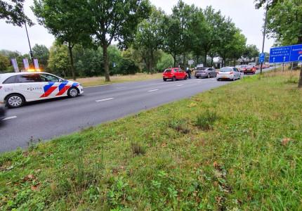 Auto's lopen fikse schade op bij aanrijding in Apeldoorn