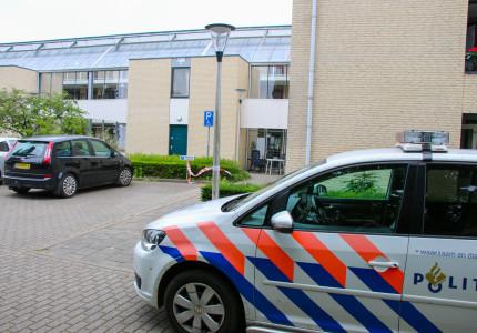 Politie maakt jacht op woningovervaller in Brummen