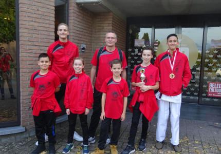 Goud en brons voor Karate Do-Smaal