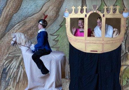 De Rode Prinses: Ontvoering prinses brengt land in rep en roer