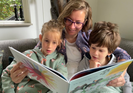 Bijzonder prentenboek 'De Wonderlijke Reis' haalt bijna 30.000 euro op
