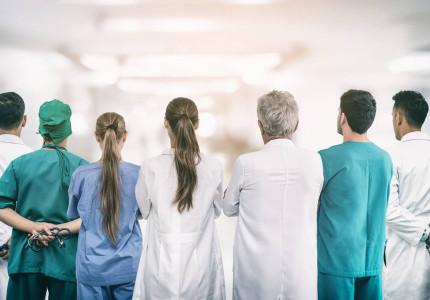 Personeelstekort in de zorg stijgt verder in coronatijd: 'We lopen achter de feiten aan'