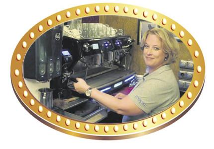 Annelies alias 'Mamma Babbel' al vijftien jaar vertrouwd gezicht voor vele gasten